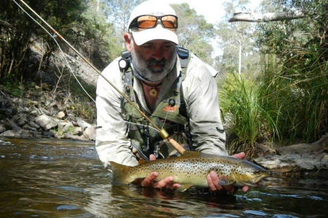 Flyfishing North-East Victoria – Guiding – Indulgence Fly Fishing